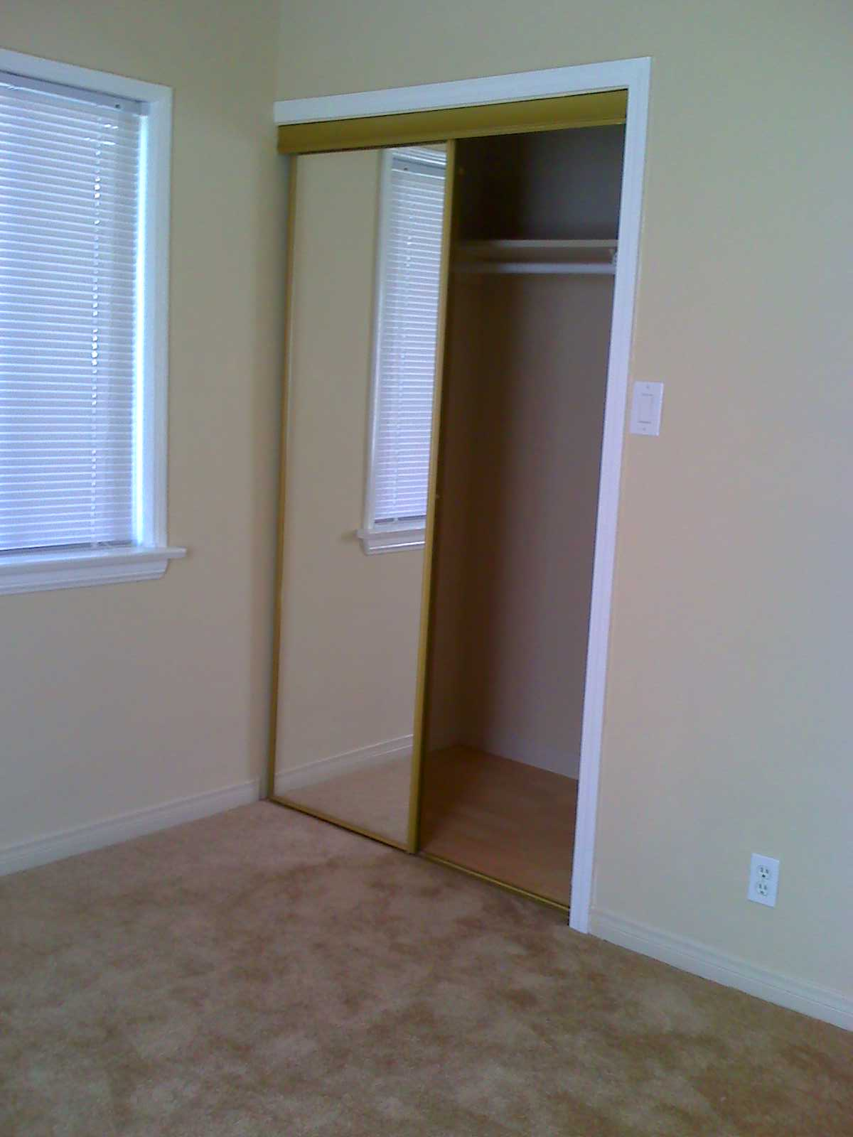 Carpet Bedroom Closet